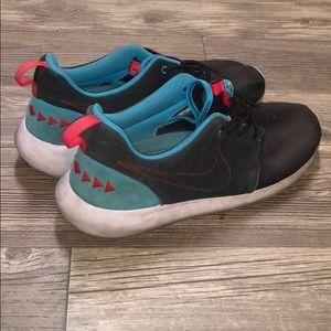 Nike N7 shoes Tribal 👟